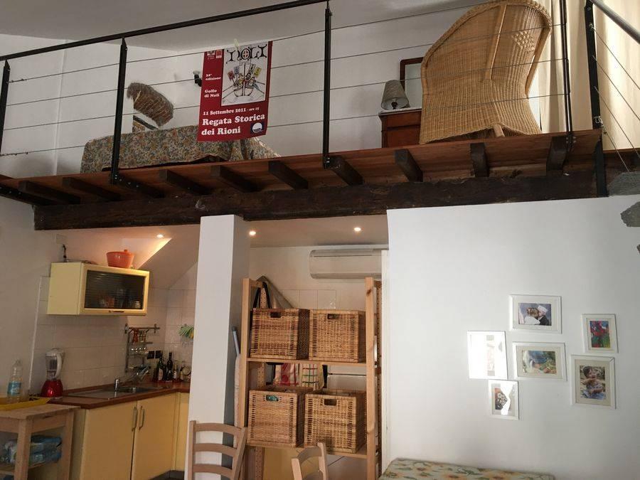 Appartamento in affitto a Noli, 3 locali, prezzo € 750   CambioCasa.it