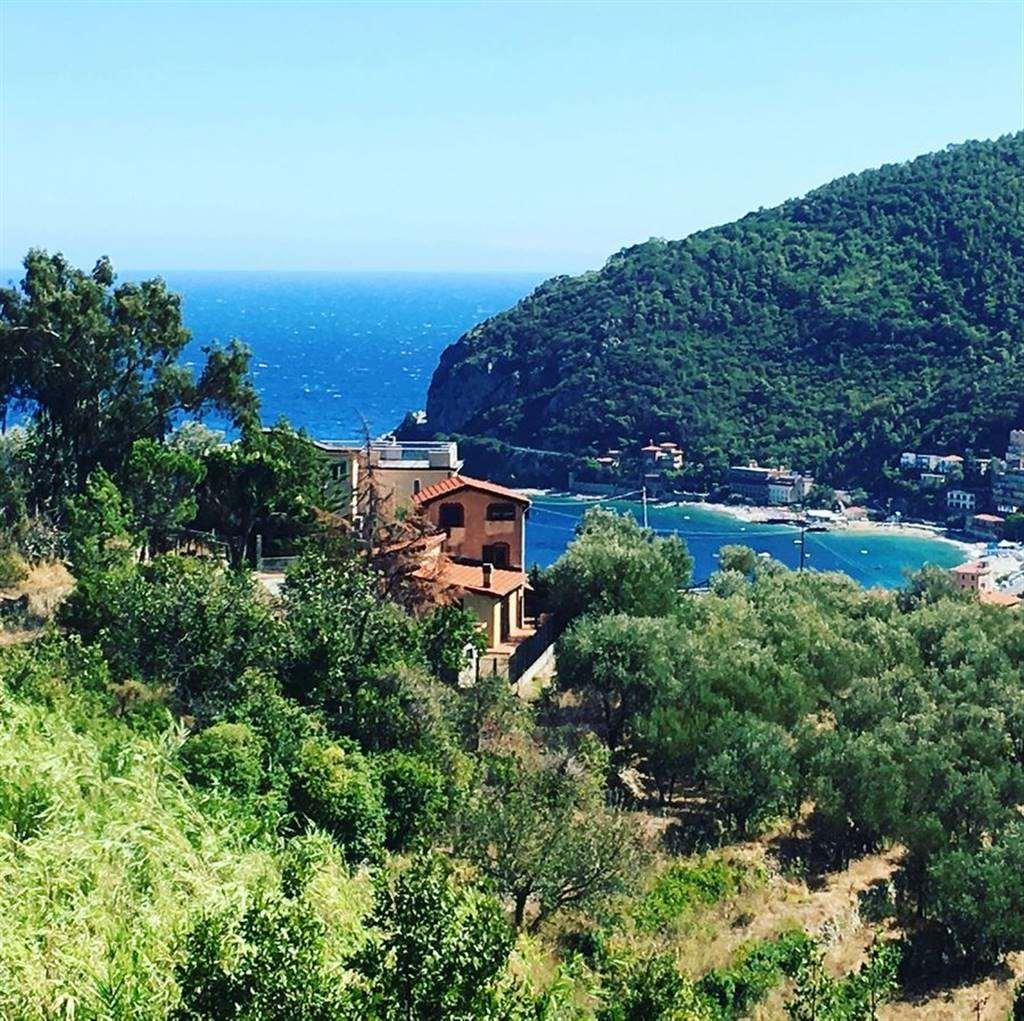 Villa in vendita a Noli, 4 locali, prezzo € 500.000   CambioCasa.it