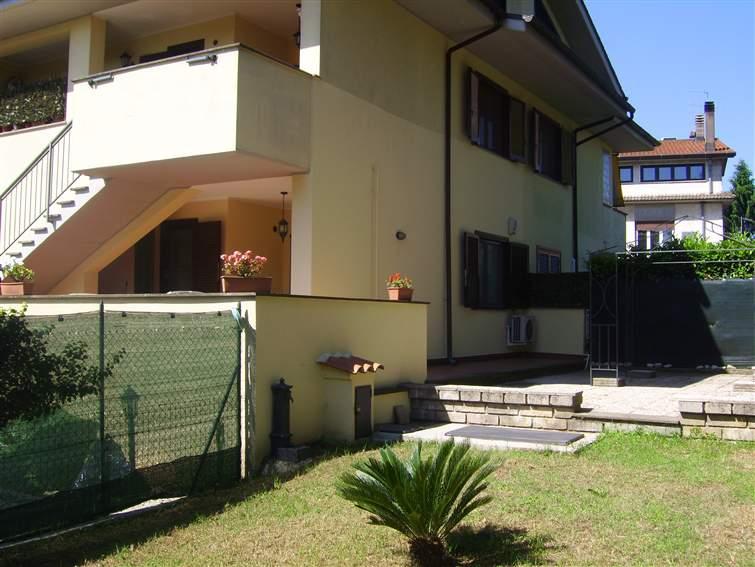 Appartamento VIA ARNO  a Lariano