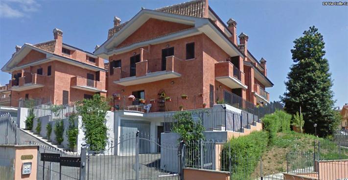 Appartamento a Lariano