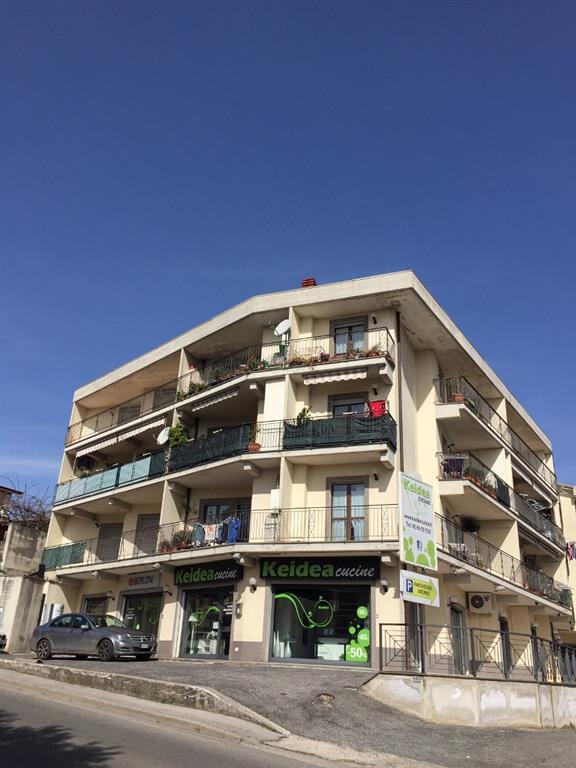 Appartamento VIA NAPOLI  a Lariano
