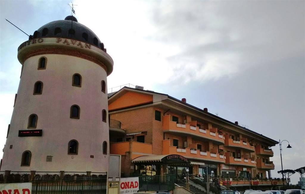 Appartamento in vendita a Lariano, 2 locali, zona Località: ADIACENTE CENTRO, prezzo € 127.000 | CambioCasa.it