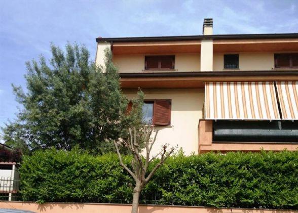 Appartamento VIA COLLE CAGIOLI  a Lariano