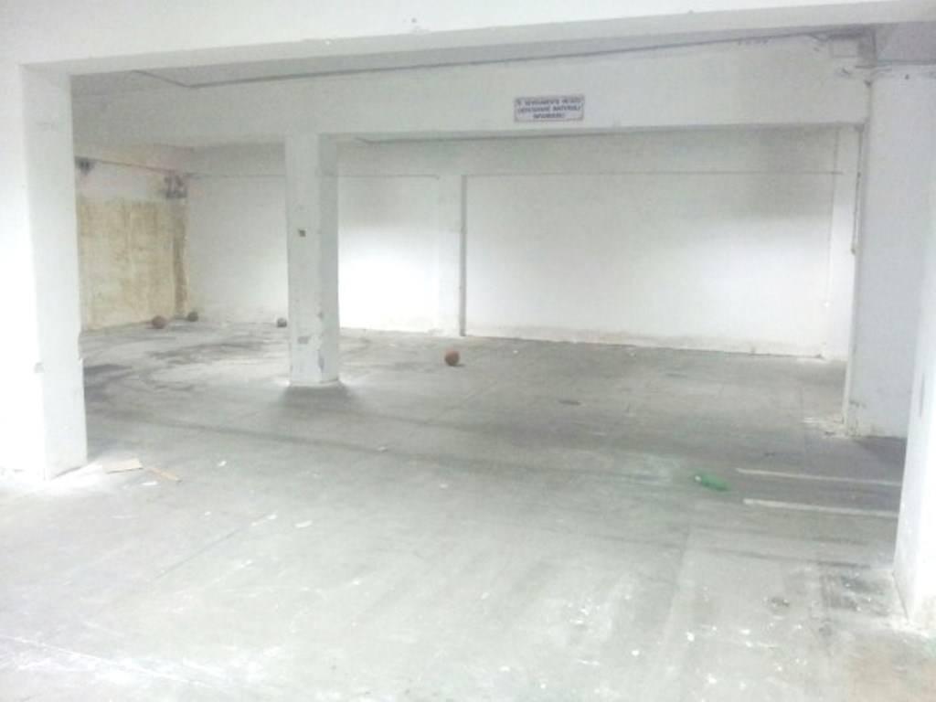 magazzino-deposito Affitto Catania