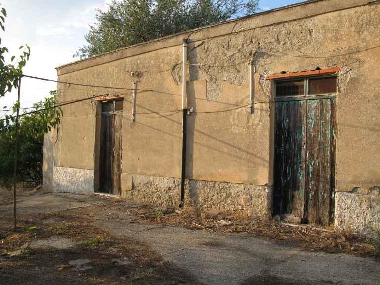 Rustico / Casale in vendita a Canicattì, 1 locali, zona Località: A 6 ZONA ZONA USCITA CALTANISSETTA, Trattative riservate | Cambio Casa.it