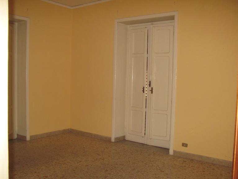 Ufficio / Studio in affitto a Canicattì, 9999 locali, zona Località: C 3 ZONA VILLA COMUNALE, Trattative riservate | Cambio Casa.it