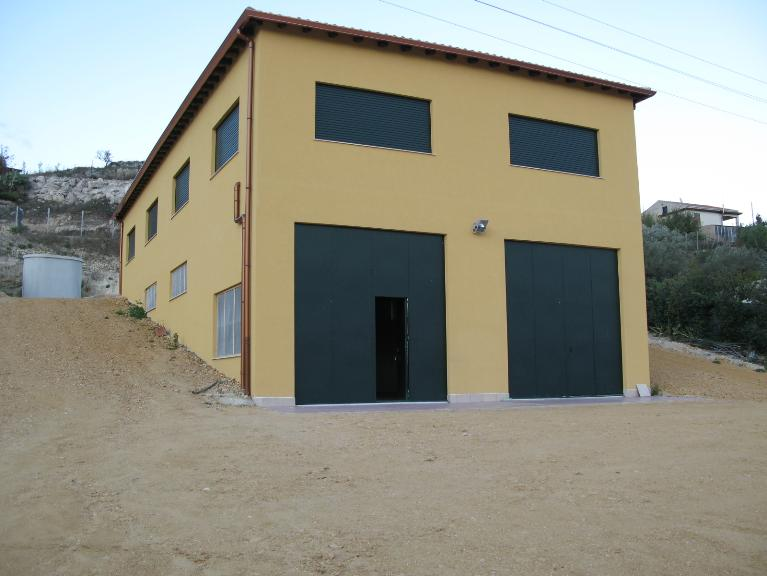 Capannone in vendita a Canicattì, 9999 locali, zona Località: A 6 ZONA ZONA USCITA CALTANISSETTA, Trattative riservate | CambioCasa.it