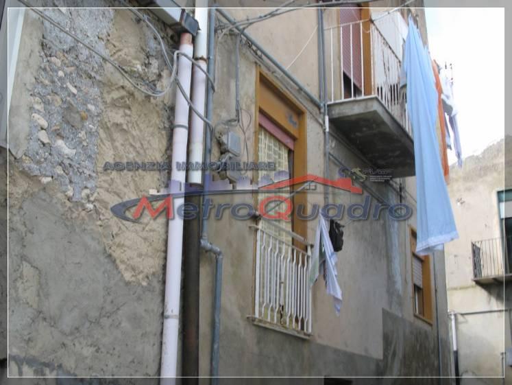 Soluzione Indipendente in vendita a Canicattì, 5 locali, zona Località: B4 ZONA BADIA E BORGALINO, prezzo € 50.000 | Cambio Casa.it
