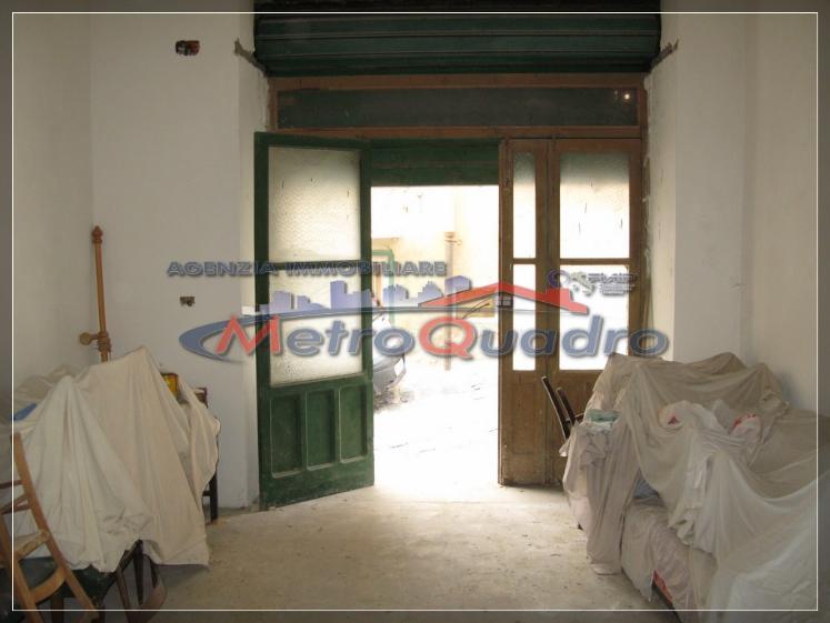 Magazzino in vendita a Canicattì, 9999 locali, zona Località: C 4 ZONA POSTA CENTRALE, prezzo € 35.000 | Cambio Casa.it