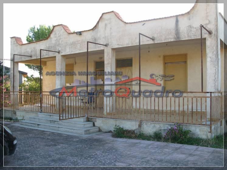 Villa in vendita a Naro, 5 locali, prezzo € 200.000 | Cambio Casa.it