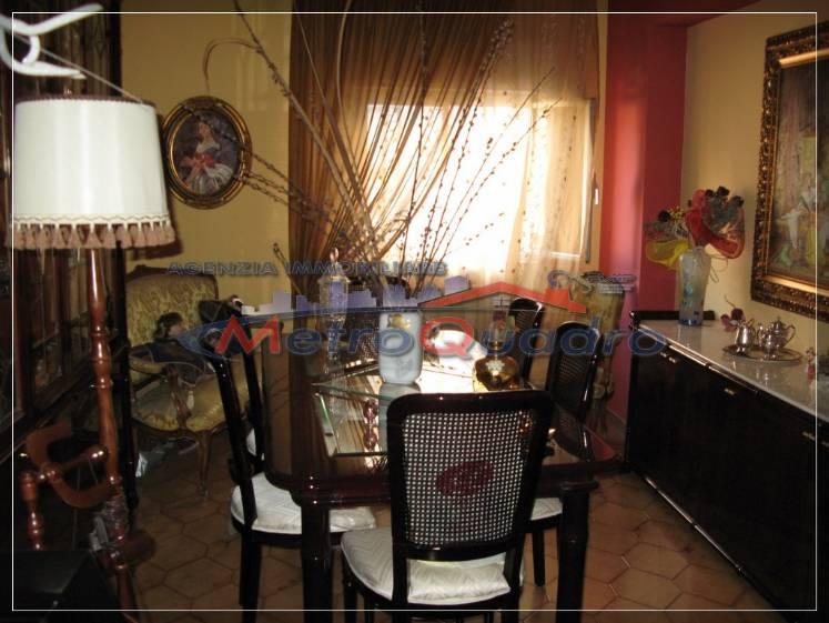 Appartamento in vendita a Canicattì, 5 locali, zona Località: AB 1 ZONA OSPEDALE, prezzo € 140.000 | Cambio Casa.it