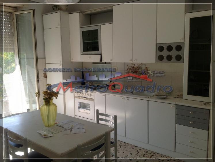 Appartamento in vendita a Canicattì, 6 locali, zona Località: D 5 ZONA LATERIZI, prezzo € 60.000 | Cambio Casa.it