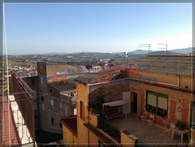 Appartamento in affitto a Canicattì, 5 locali, zona Località: AB 2 ZONA PIRANDELLO, prezzo € 250 | Cambio Casa.it