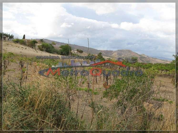Terreno Agricolo in vendita a Canicattì, 9999 locali, zona Località: A 6 ZONA ZONA USCITA CALTANISSETTA, prezzo € 25.000   CambioCasa.it