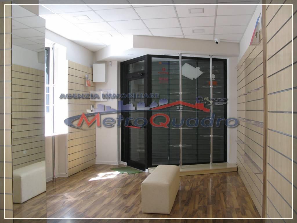 Immobile Commerciale in affitto a Canicattì, 9999 locali, zona Località: C 4 ZONA POSTA CENTRALE, prezzo € 600 | Cambio Casa.it