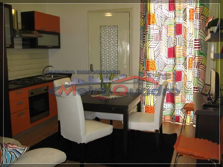 Appartamento in affitto a Canicattì, 2 locali, zona Località: C 3 ZONA VILLA COMUNALE, prezzo € 350 | Cambio Casa.it