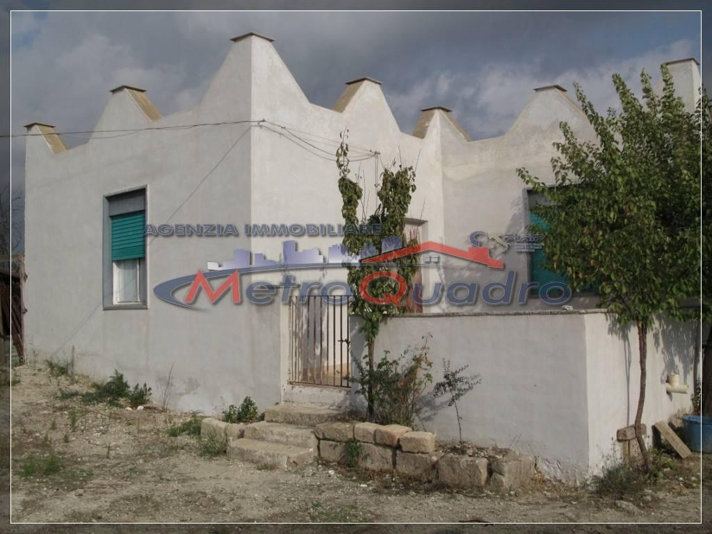 Villa in vendita a Canicattì, 1 locali, zona Località: A 6 ZONA ZONA USCITA CALTANISSETTA, prezzo € 110.000 | CambioCasa.it