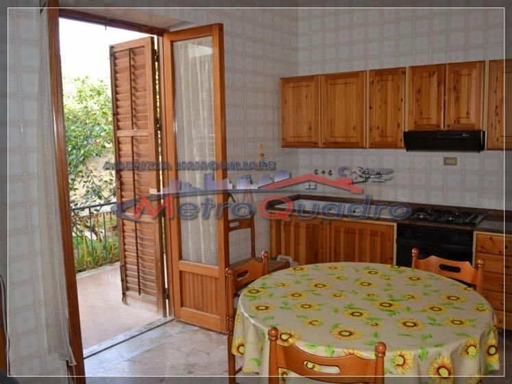 Villa in vendita a Agrigento, 5 locali, zona Zona: San Leone, prezzo € 320.000   Cambio Casa.it
