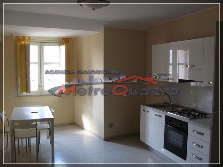 Appartamento in affitto a Canicattì, 3 locali, zona Località: C 4 ZONA POSTA CENTRALE, prezzo € 350 | Cambio Casa.it