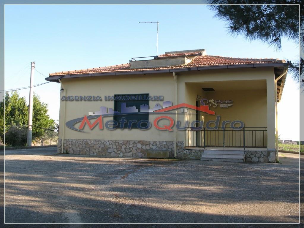 Villa in vendita a Canicattì, 3 locali, zona Località: D 3 ZONA USCITA CAMPOBELLO, prezzo € 120.000 | Cambio Casa.it