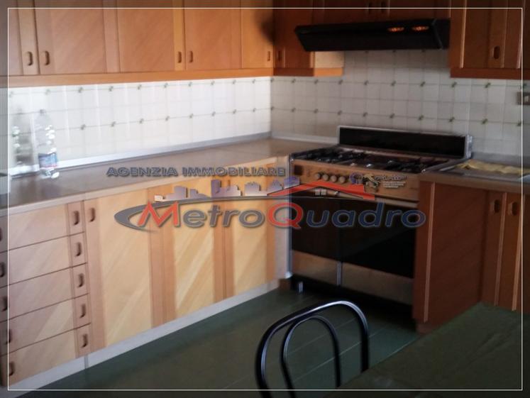 Appartamento in affitto a Canicattì, 5 locali, zona Località: C 4 ZONA POSTA CENTRALE, prezzo € 450 | Cambio Casa.it