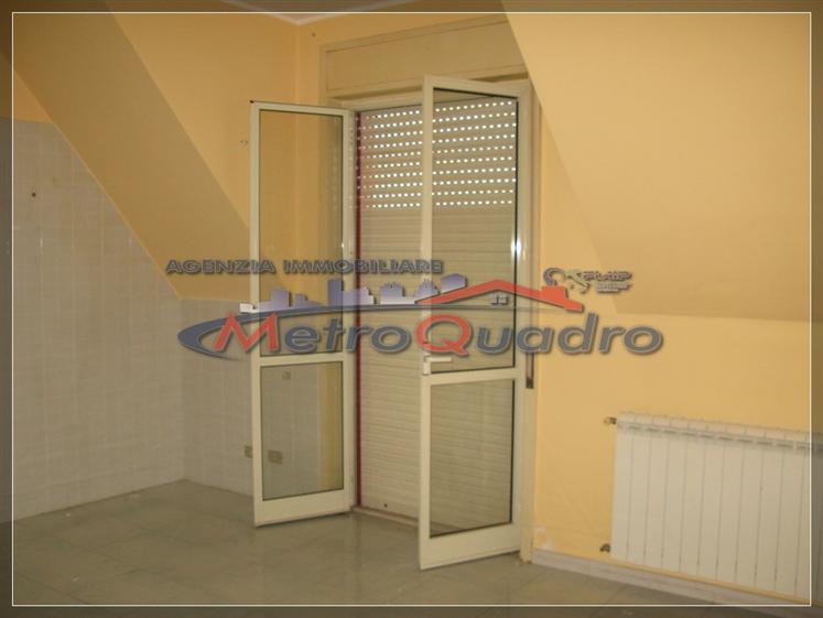 Attico / Mansarda in vendita a Canicattì, 3 locali, zona Località: C 5-6 ZONA PONTE DI FERRO E STAZIONE, prezzo € 75.000 | Cambio Casa.it