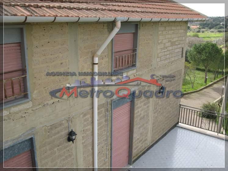 Villa in vendita a Canicattì, 9 locali, zona Località: D 6 ZONA USCITA DELIA, prezzo € 210.000   Cambio Casa.it