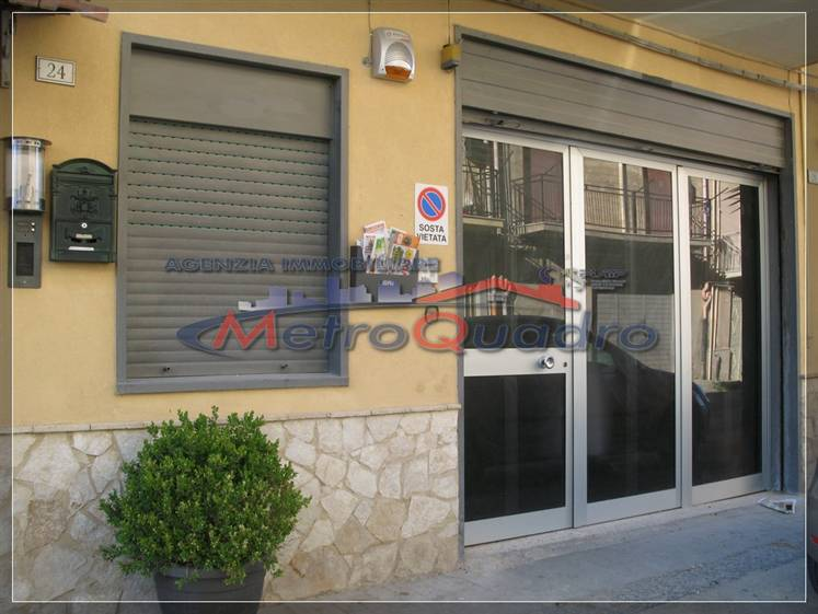 Magazzino in affitto a Canicattì, 9999 locali, zona Località: AB 2 ZONA PIRANDELLO, prezzo € 500 | Cambio Casa.it