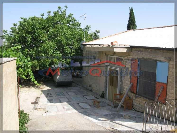 Villa in vendita a Canicattì, 3 locali, zona Località: A 6 ZONA ZONA USCITA CALTANISSETTA, prezzo € 100.000 | Cambio Casa.it
