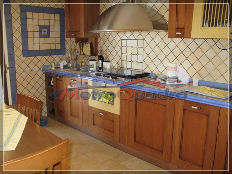 Appartamento in vendita a Campobello di Licata, 5 locali, prezzo € 130.000 | Cambio Casa.it