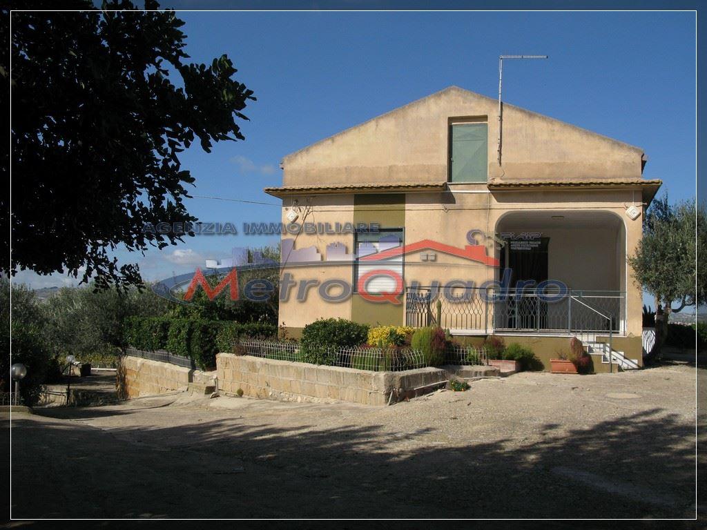 Villa in vendita a Canicattì, 3 locali, zona Località: D 3 ZONA USCITA CAMPOBELLO, prezzo € 165.000 | Cambio Casa.it