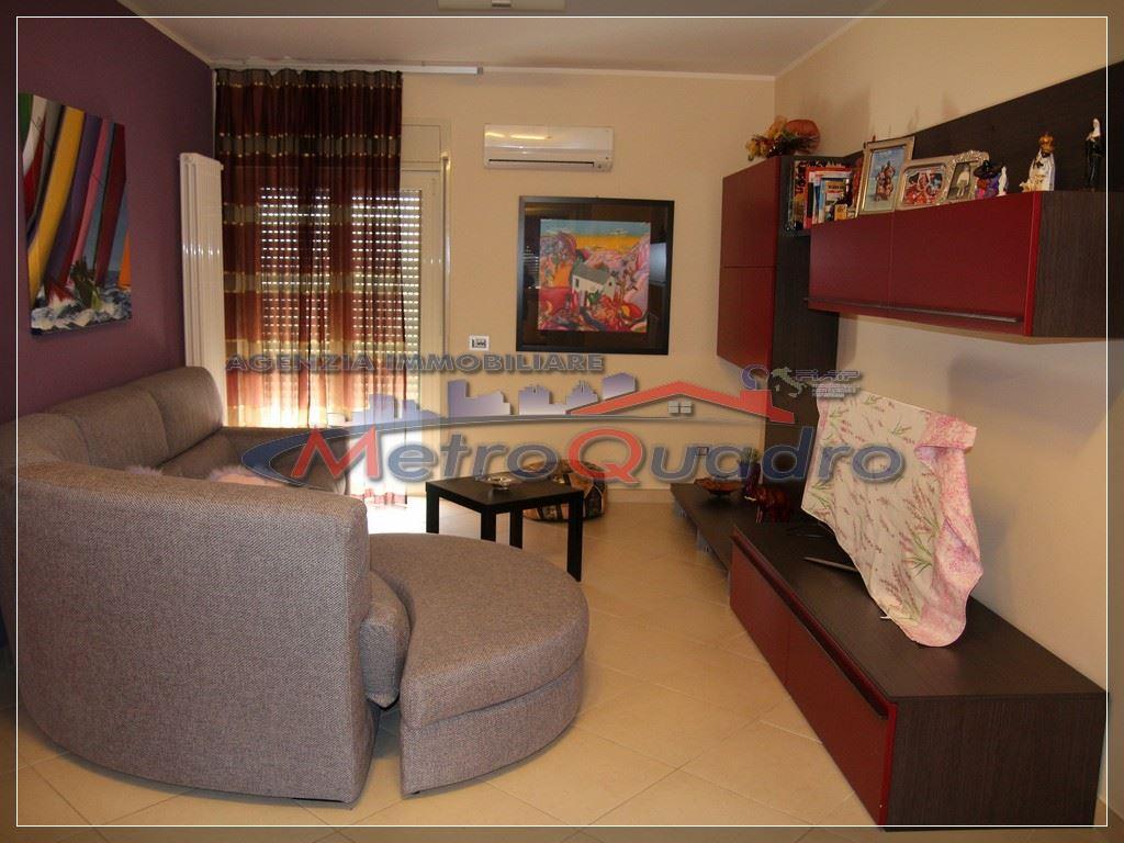 Appartamento in affitto a Canicattì, 3 locali, zona Località: AB 1 ZONA OSPEDALE, prezzo € 500 | Cambio Casa.it