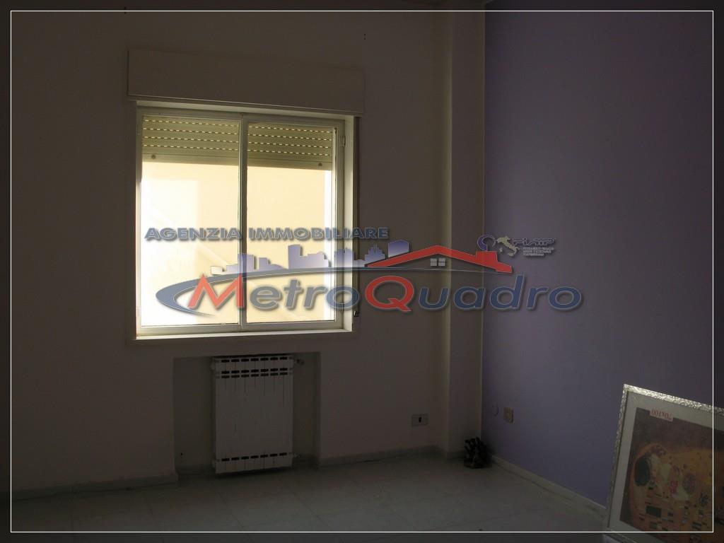 Appartamento in affitto a Canicattì, 3 locali, zona Località: C 4 ZONA POSTA CENTRALE, prezzo € 300 | Cambio Casa.it