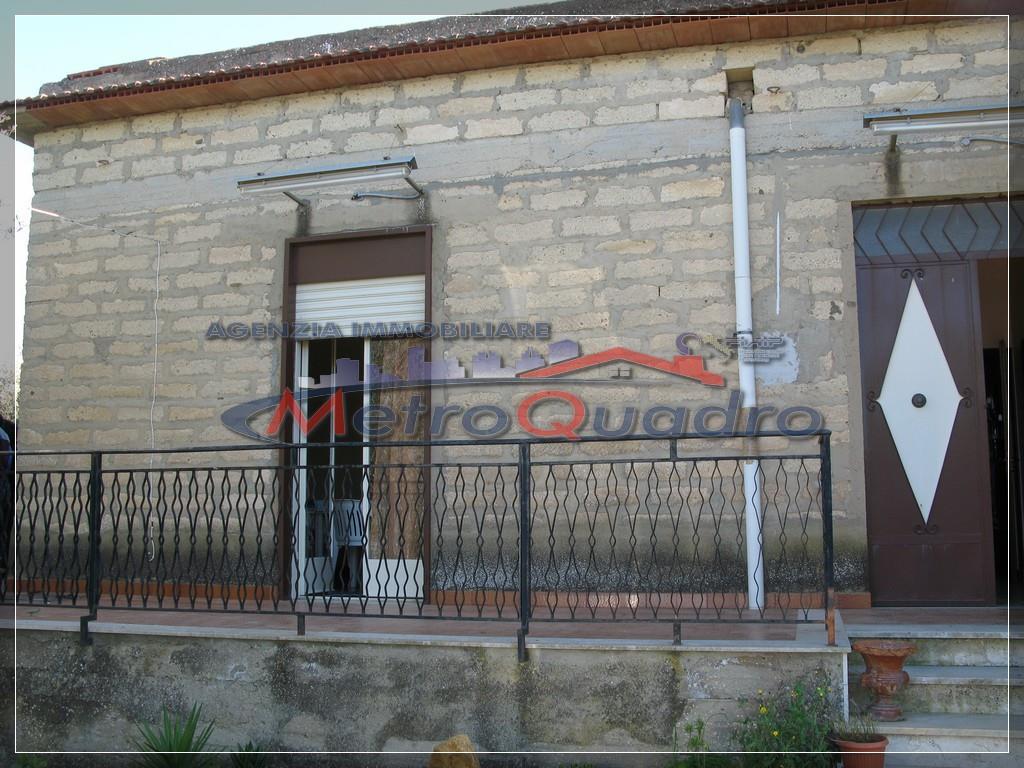 Villa in vendita a Canicattì, 3 locali, zona Località: ZONA C.DA RINAZZI, prezzo € 85.000   Cambio Casa.it