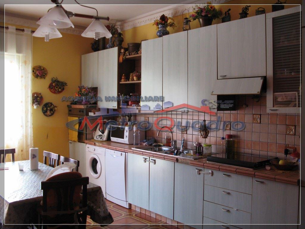 Appartamento in vendita a Canicattì, 3 locali, zona Località: C 5-6 ZONA PONTE DI FERRO E STAZIONE, prezzo € 90.000 | CambioCasa.it
