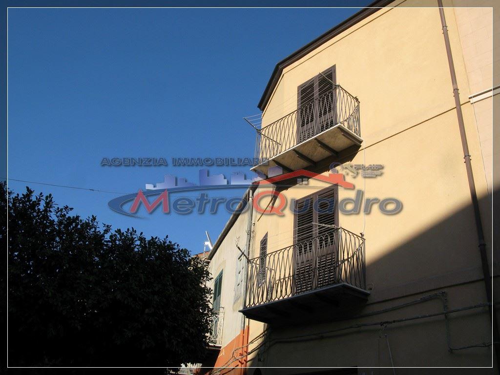 Soluzione Indipendente in affitto a Canicattì, 4 locali, prezzo € 330 | Cambio Casa.it