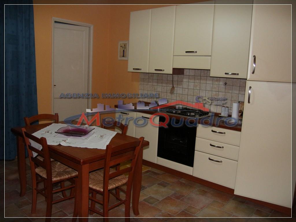 Appartamento in affitto a Canicattì, 1 locali, zona Località: C 4 ZONA POSTA CENTRALE, prezzo € 300 | Cambio Casa.it