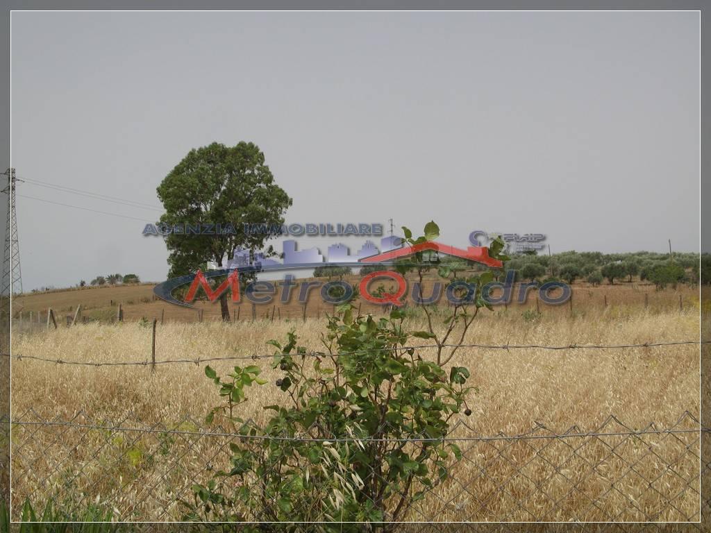 Terreno Agricolo in vendita a Canicattì, 9999 locali, zona Località: D 3 ZONA USCITA CAMPOBELLO, prezzo € 30.000 | CambioCasa.it