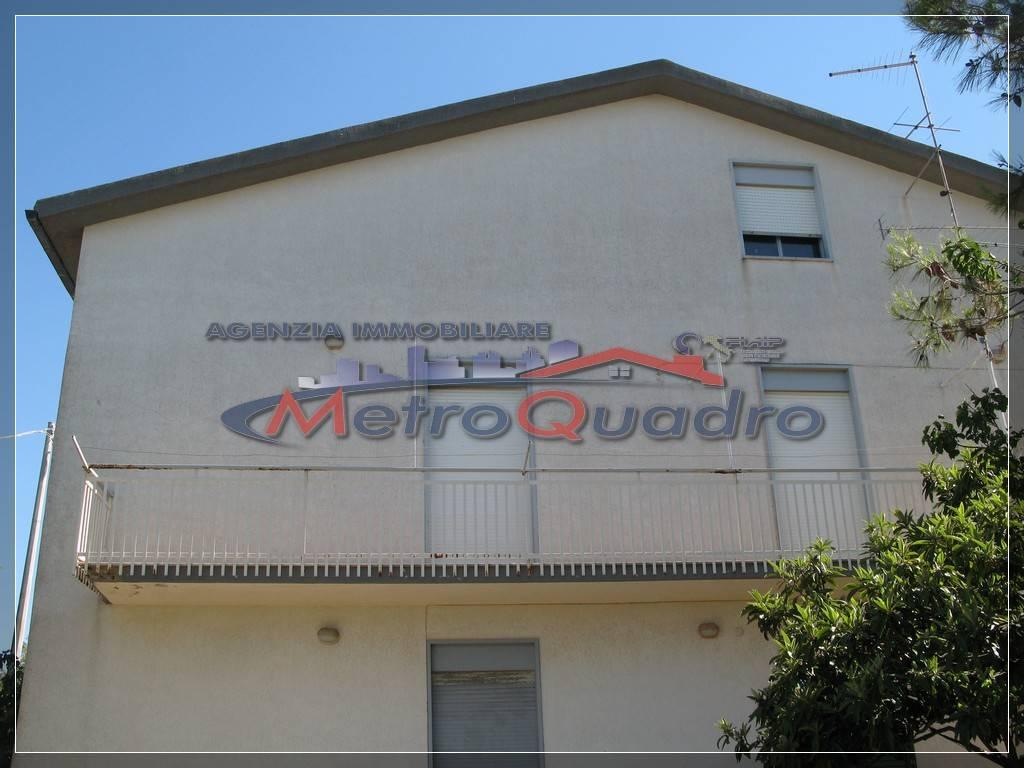 Villa in vendita a Canicattì, 8 locali, zona Località: ZONA PADRE GIOACCHINO, prezzo € 320.000 | Cambio Casa.it
