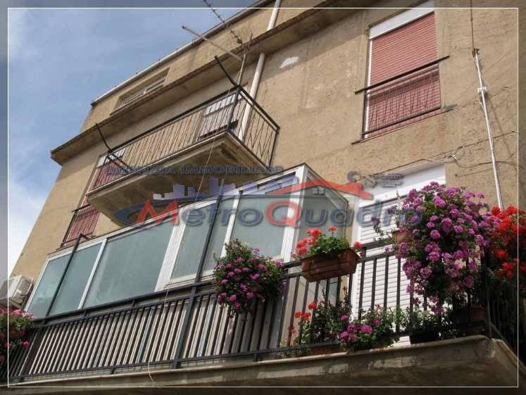 Appartamento in affitto a Canicattì, 4 locali, zona Località: B4 ZONA BADIA E BORGALINO, prezzo € 200 | Cambio Casa.it