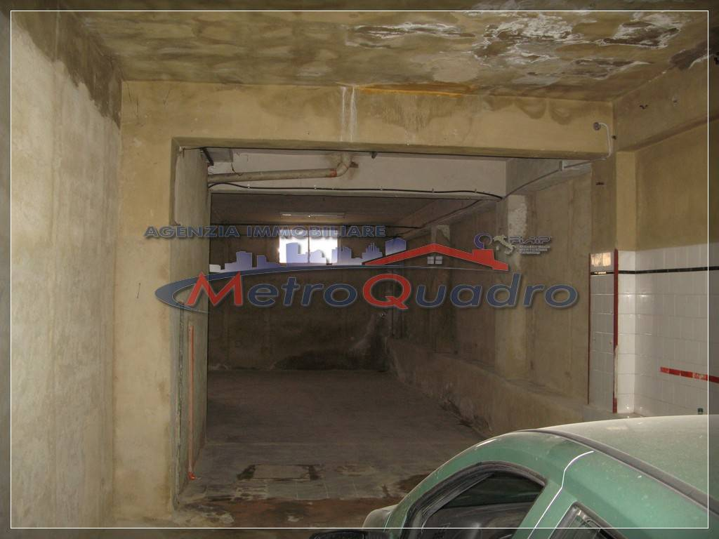 magazzino-deposito  in Affitto a Canicatti'