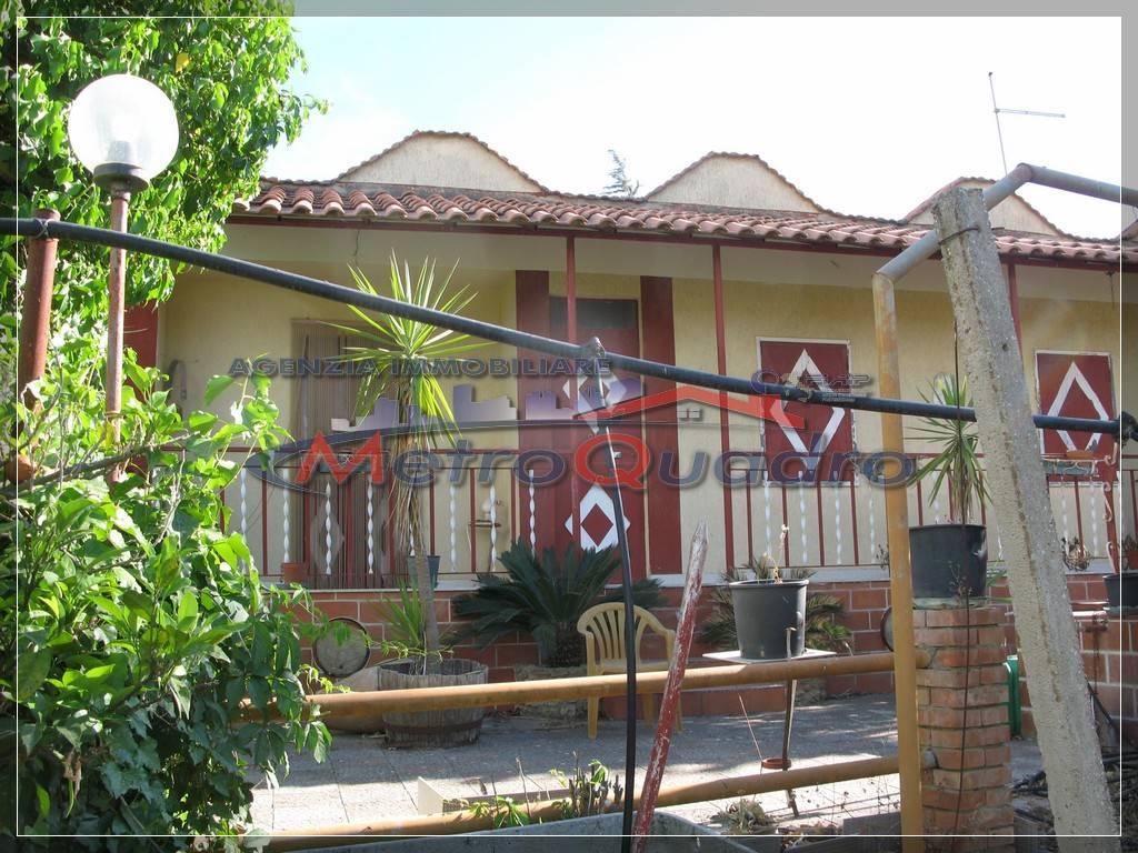 Villa in vendita a Canicattì, 3 locali, zona Località: D 6 ZONA USCITA DELIA, prezzo € 120.000 | CambioCasa.it