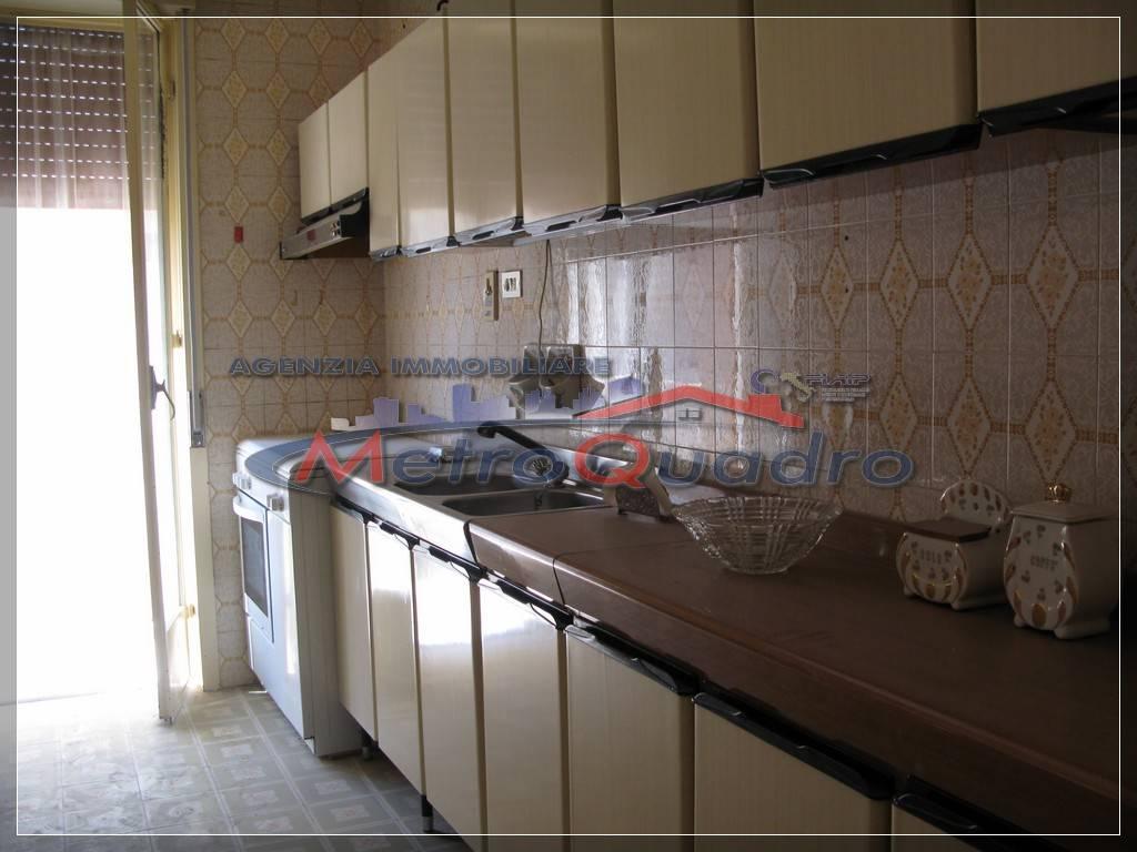 Appartamento in vendita a Canicattì, 3 locali, zona Località: C 5-6 ZONA PONTE DI FERRO E STAZIONE, prezzo € 68.000 | Cambio Casa.it