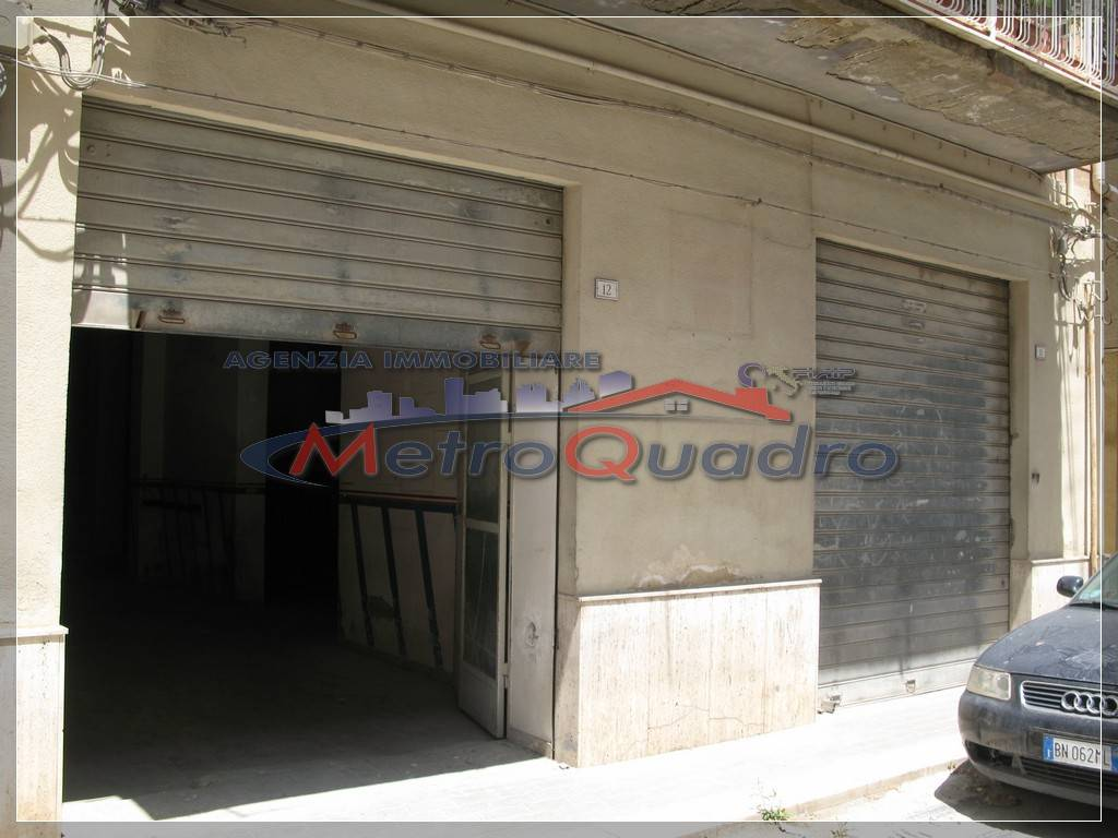 Magazzino in vendita a Canicattì, 9999 locali, zona Località: D 5 ZONA LATERIZI, prezzo € 90.000 | Cambio Casa.it