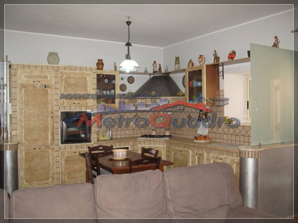 Appartamento in vendita a Canicattì, 3 locali, zona Località: C 3 ZONA VILLA COMUNALE, prezzo € 55.000 | CambioCasa.it