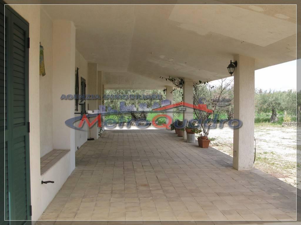 Villa-Villetta in Affitto Campobello Di Licata in provincia di Agrigento