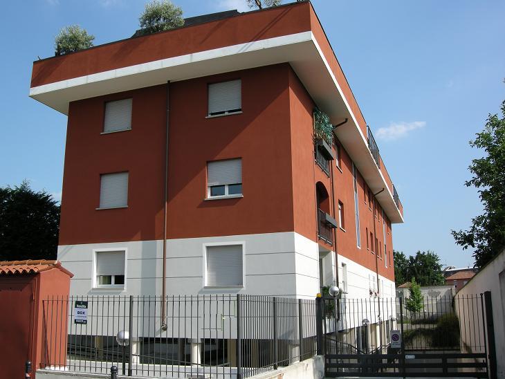 Garage / Posto auto in Via Leoncavallo Ruggero  7, Musicisti, Monza