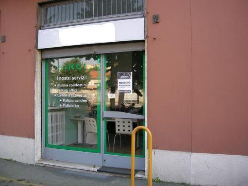 Negozio in Viale Liberta'  34, Centro Storico, San Gerardo, Libertà, Monza