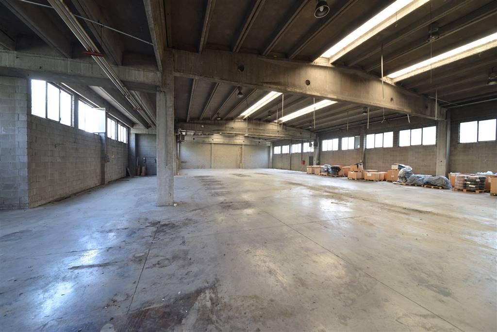Capannone industriale in Via Bramante Da Urbino 48, Amati, Buonarroti, Cederna, Sant'albino, Monza