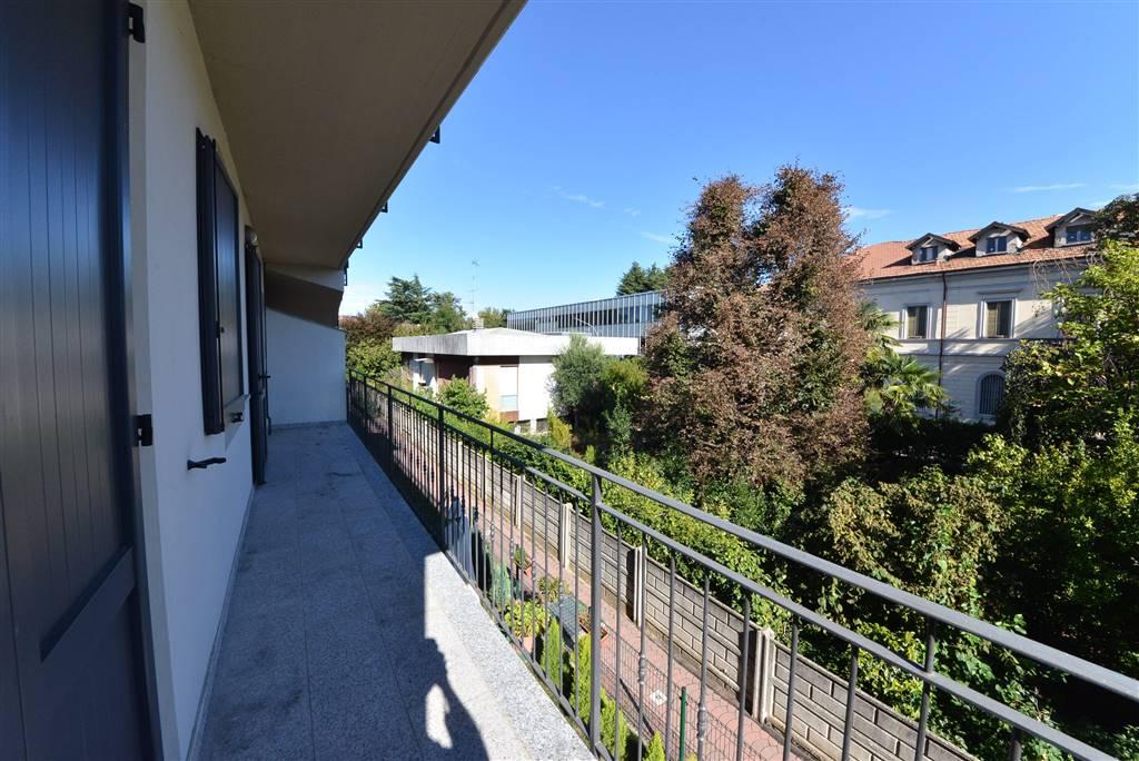 Appartamento a MARIANO COMENSE 3 Vani - Garage